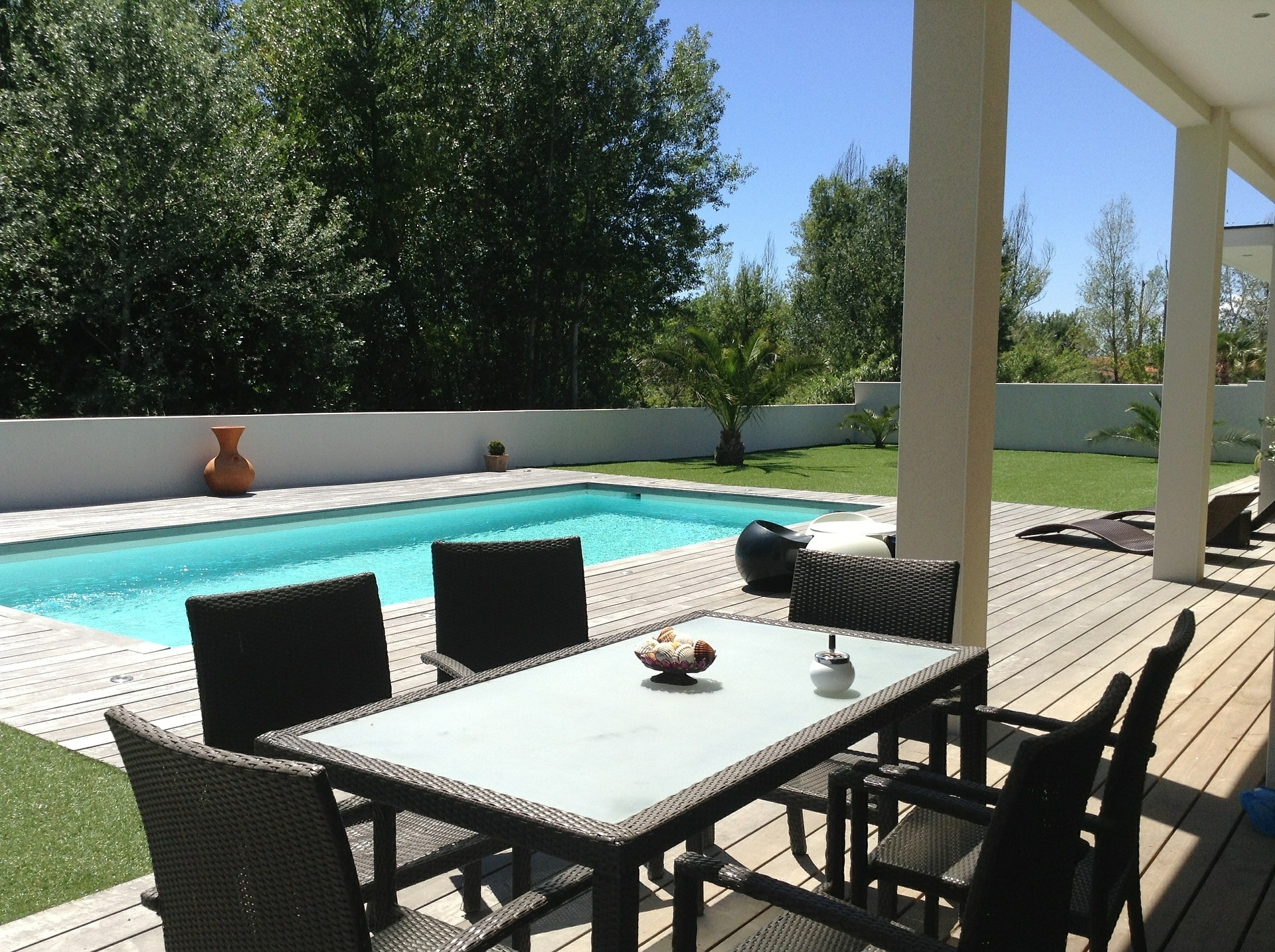 Aménagement plages de piscines Avignon
